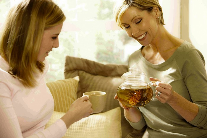 Применение лечебных свойств зверобоя для мужчин и женщин